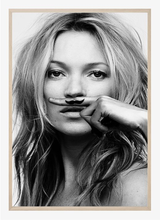 lijst-in-kate-moss-life-is-a-joke-frame-wood