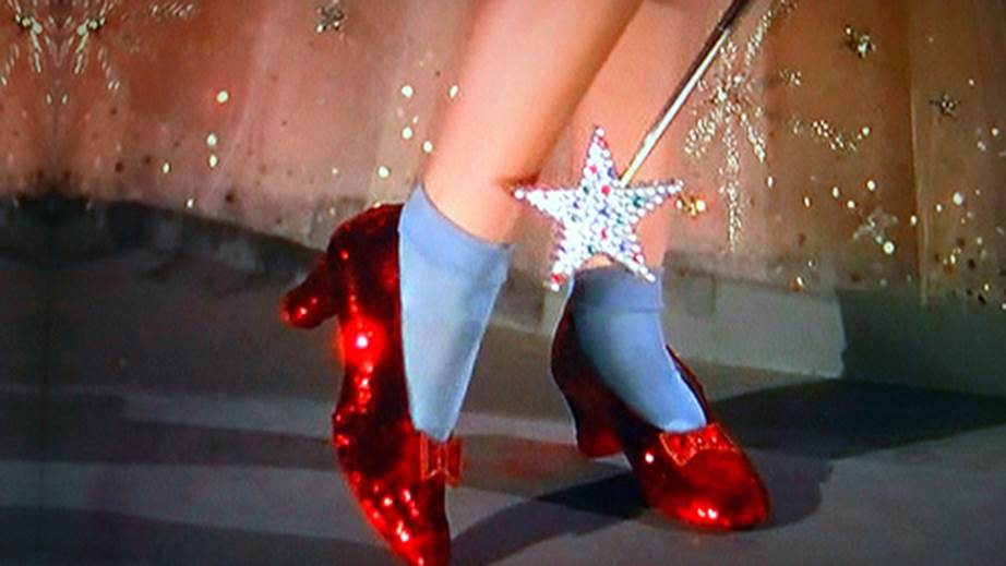 iconic-shoes-movie-history-the-wizard-of-oz